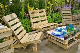 Pallets Patio Furniture Shipping Pallet Patio Chair Look Wonderful Diy Furniture Ideas