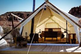 luxury tent and tipi camping near monument valley