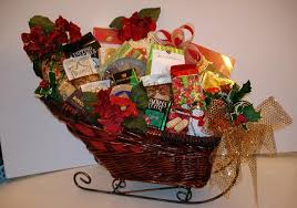 gift baskets christmas best christmas gift baskets to give to your loved ones this
