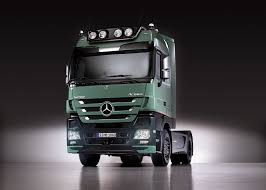 mercedes actros trucks mercedes actros review gallery top speed