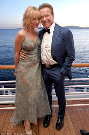 Arnold Schwarzenegger Halloween Costume Arnold Schwarzenegger Poses Uma Thurman Cannes Daily