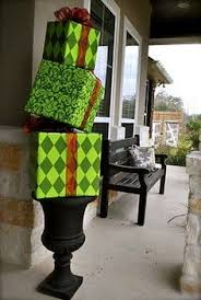 how to make an outdoor present topiary diy outdoor