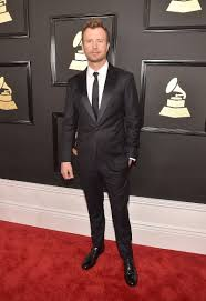 dierks bentley wedding dierks bentley spotted at the 2017 grammy awards