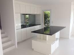 cuisine blanche avec ilot central plan cuisine en l avec ilot salle de bain maison moderne 4