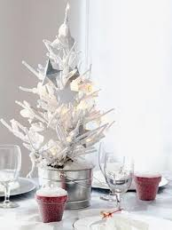 Make Your Own Christmas Centerpiece - 79 best christmas centerpieces images on pinterest centerpiece