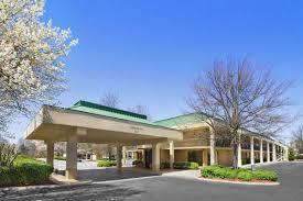 howard johnson greensboro near the coliseum greensboro hotels