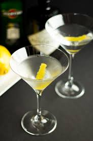 martini vesper best 25 perfect martini ideas on pinterest olive martini recipe