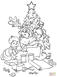 chrildren are decorating christmas tree coloring page free