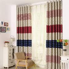 rideaux pour chambre bébé customiser un rideau pour une chambre enfant bricolos du dimanche