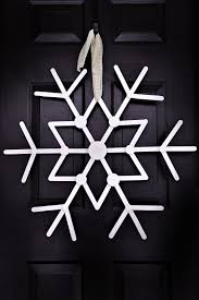 awesome snowflake made out of popsicle sticks crafts