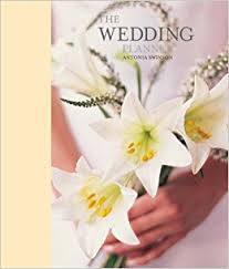 all the essentials wedding planner the wedding planner co uk antonia swinson 9781845971946