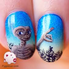 piggieluv e t phone home nail art with fiber optics