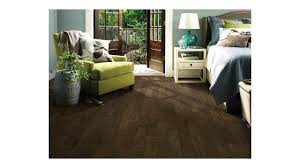 Shaw Epic Flooring Reviews by Shaw Pebble Hill Hickory And Sequoia Hickory Hardwood Floors Youtube