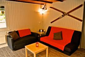 Schlafzimmer Joly Le Joly Chalet Schweiz Saint Imier Booking Com