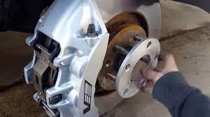 nissan 350z brembo brakes install 6 piston cts v brembo brake calipers on a 1998 2002 camaro