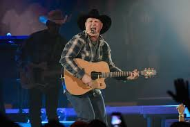 leave a light on garth brooks lee brice garth brooks perform more than a news megacountry