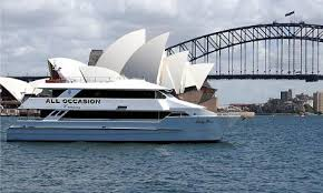 sydney harbour cruise the ultimate paddy s day sydney harbour cruise ozparty reservations
