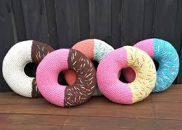 Pink Round Cushion Best 25 Donut Cushion Ideas On Pinterest Crochet Cushion