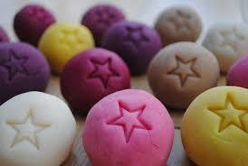 natural dye for homemade playdough minieco