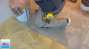 trick how to keep your glue wood floor installation clean