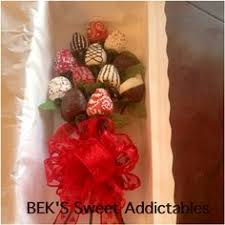 gift boxes for chocolate covered strawberries 3512 20 x 7 x 4 white white with window one lock tab