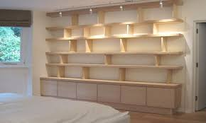 How To Arrange Pictures On A Wall by How To Arrange Bookshelves Bedroom Where Put Bookshelf In Living