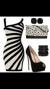 how does black and white combination works in your wardrobe
