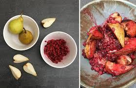 cuisiner les airelles compote de poires aux airelles une recette qui accompagne les