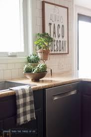 Arts And Crafts Kitchen Design by Best 25 Kitchen Artwork Ideas On Pinterest Funny Kitchen Signs
