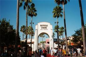universal studios crowds is it packed real time
