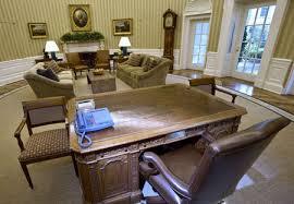 barack obama u0027s newly redecorated oval office
