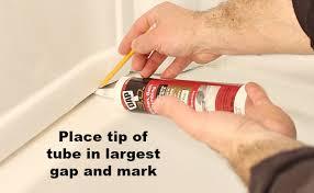 Re Caulk Bathtub How To Caulk A Bathtub Beautiful Results Home Repair Tutor