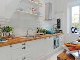 cuisine scandinave cuisine blanche et plan de travail style scandinave
