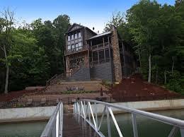 Modern Rustic Homes Modern Rustic Lake House In Georgia Lake Bluff Lodge
