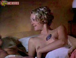 drew barrymore naked nude naked drew barrymore in boys on the side u003c ancensored