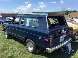 file 1983 jeep cherokee sj two door at 2015 amo show 2of5 jpg