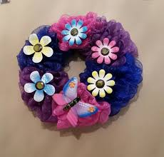 how to make a mesh wreath 3 ways to make a deco mesh wreath wikihow