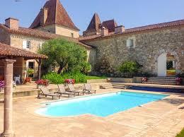 chateau tournesol aquitaine oliver s travels chateau tournesol pool cottage aquitaine oliver s travels