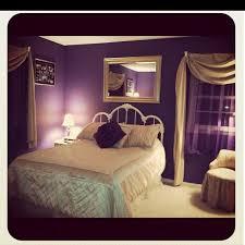 Dark Purple Bedroom by Best 25 Romantic Purple Bedroom Ideas On Pinterest Purple Black