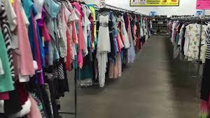 Bulk Wholesale Clothing Distributors Js Liqudiatorz Dallas Wholesale Clothing And Accessories Youtube