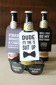 gifts to ask bridesmaids to be in wedding you to see this diy will you be my groomsmen gift