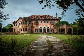 abandoned mansions for sale cheap florida haunted house can be yours for 480k curbed miami