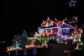 north vancouver home decorated with 100 000 christmas lights for