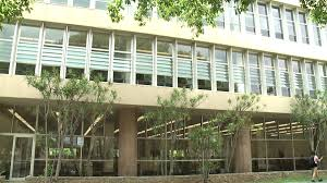 students protest library hour changes at uh manoa khon2