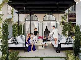 interior pictures of homes khloé and kourtney realize their houses in