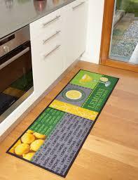 tapis cuisine original tapis de cuisine lemons moderne et de qualité