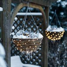 creative winter decorating with lights