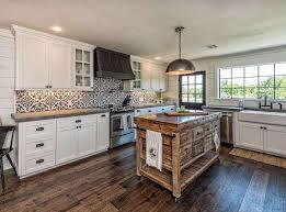 cuisine grange un transforme une vieille grange en une luxueuse maison