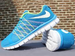 Sepatu Nike Running Wanita jual sepatu running sepatu olahraga nike flyknit biru
