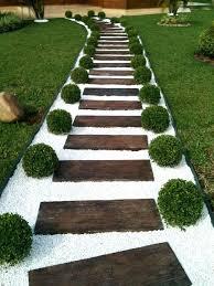 Ideas For Garden Walkways Garden Pathways On A Budget Garden Paths Easy To Imitate